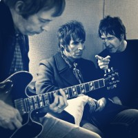 Beady Eye Flick of the Finger